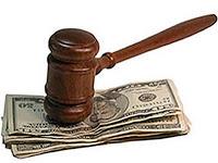 Почтеността и безпристрастността на магистратите е под въпрос и съществуват съмнения за приети подкупи по повечето от провалените дела.
